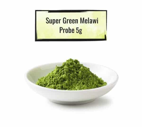 Weisse Schüssel mit einer Super-Green-Melawi Probe