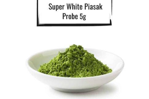 Weisse Schüssel gefüllt mit einer Super-White-Piasak Probe